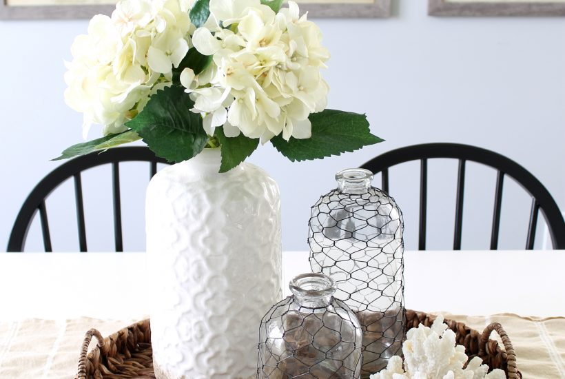 Coastal farmhouse home decor inspiration for your dining room. Inexpensive ways to create a pretty, neutral, high end look for summer!